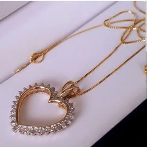 Jewelry - 0.40ct diamond 10k heart necklace